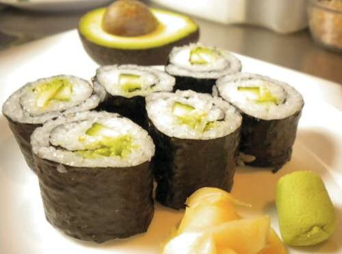 Easy Thin Roll – Cucumber and Avocado Roll