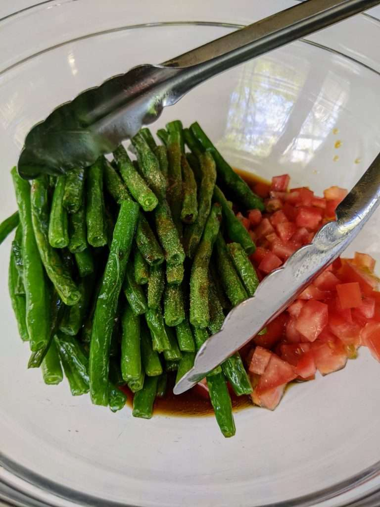 Warm Green Beans Salad_Tossing